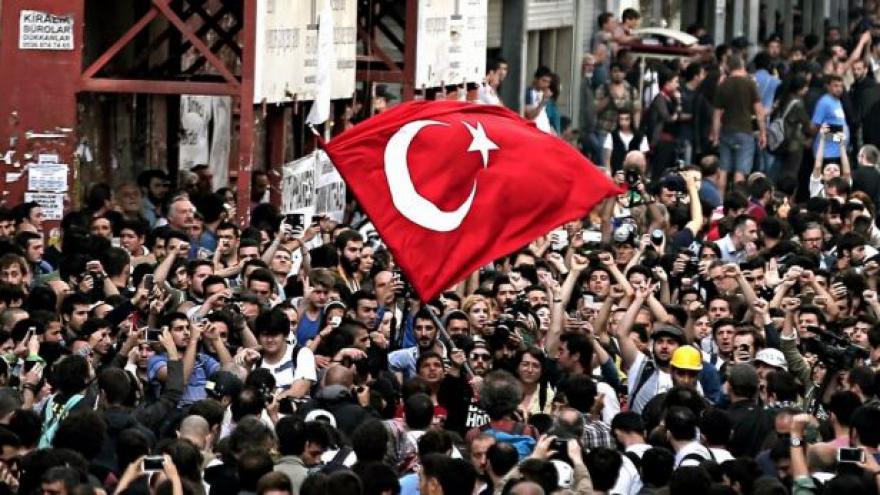 Video Turkolog Laně: Turecko už do určité míry policejním státem je