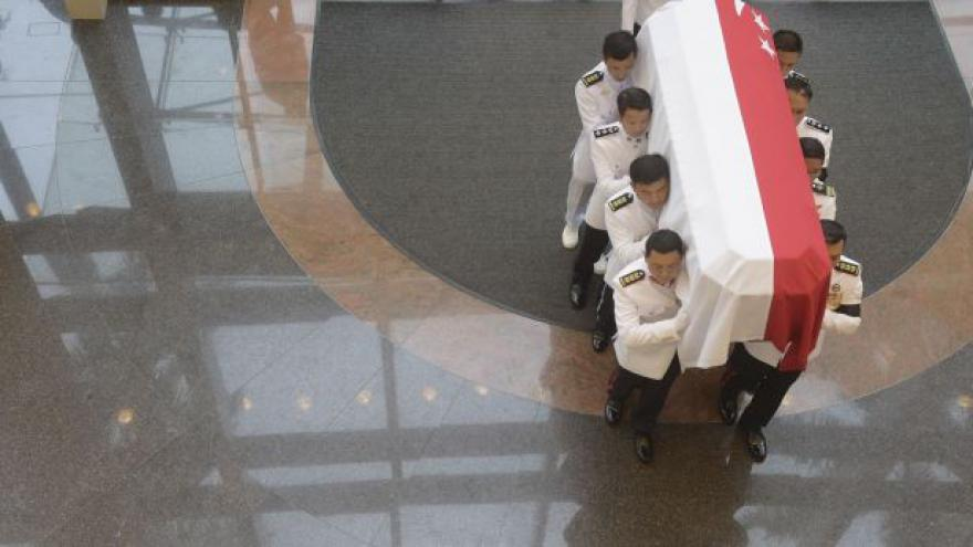 Video Yew je označován za otce Singapuru