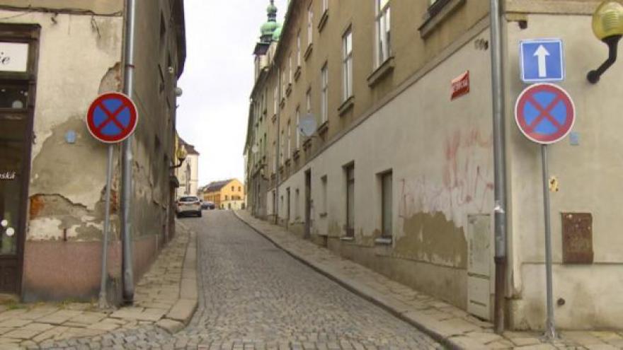 Video Téma Událostí: Les dopravních značek čeká na probírku