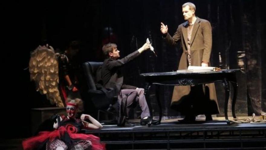 Video Doktor Faustus na ostravských prknech