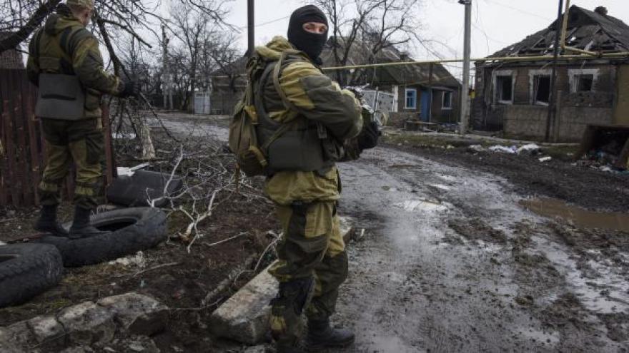 Video UDÁLOSTI: Podle AI se v Donbasu zabíjeli zajatci
