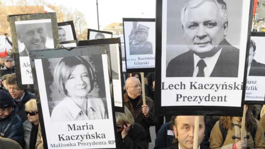 Video Poláci si připomínají 5 let od Smolensku