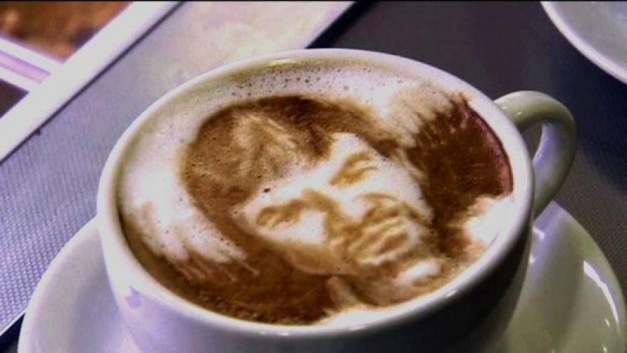 Video Umění v šálku kávy