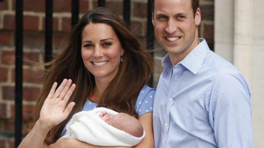 Video Horozint: Británie čeká dalšího královského potomka