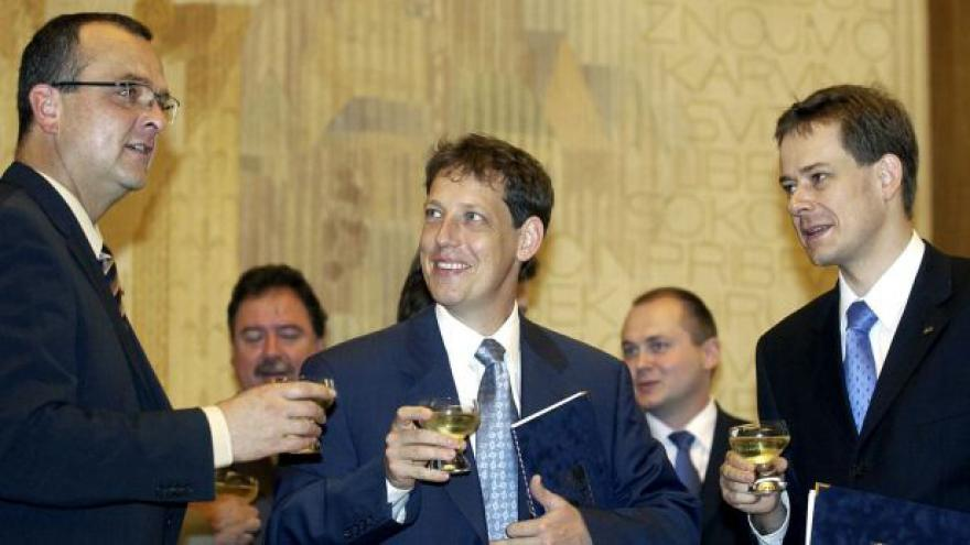 Video Události, komentáře: Gross jako poslední politický rytíř a kormidelník ČSSD