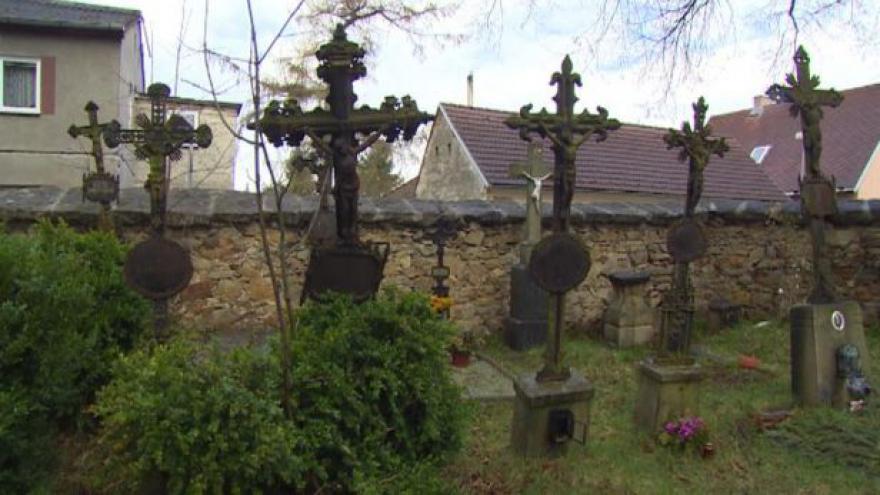 Video Radnice zvelebuje hřbitov v Jindřichově Hradci