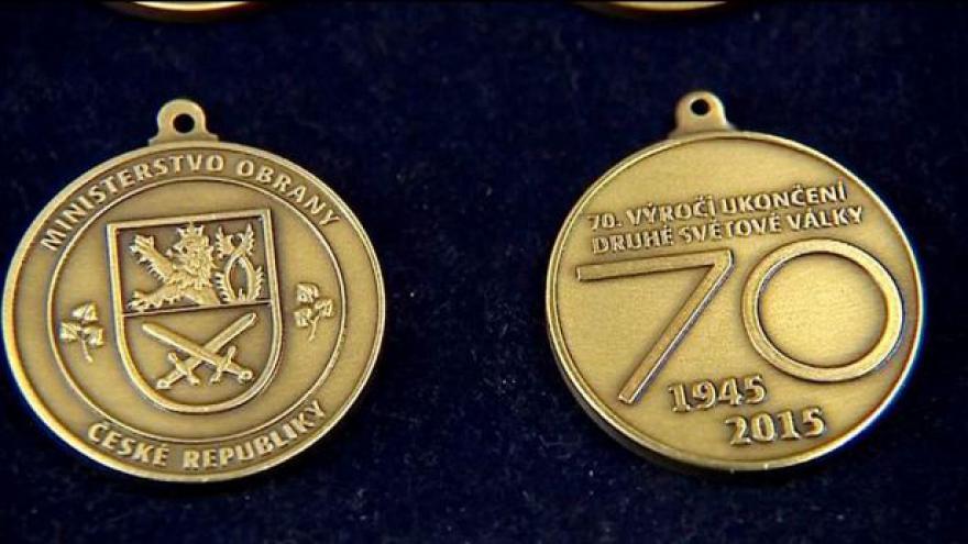 Video Medaili dostanou žijící veteráni 2. světové války