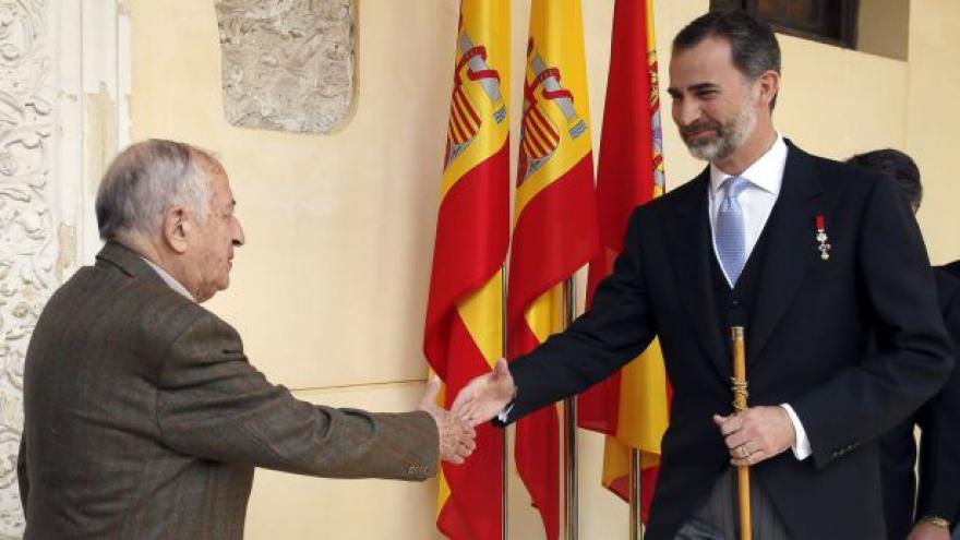 Video Spisovatel Juan Goytisolo převzal Cervantesovu cenu