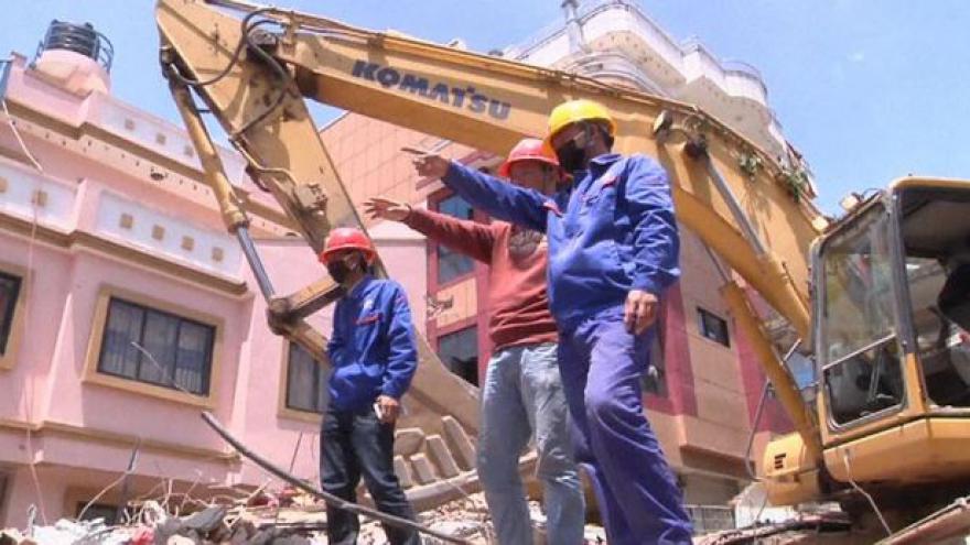 Video Horizont ČT24 k následkům zemětřesení v Nepálu