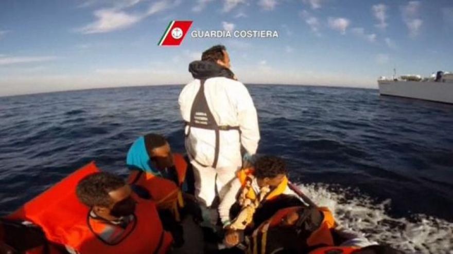 Video Europoslanci podpořili opatření k ochraně uprchlíků