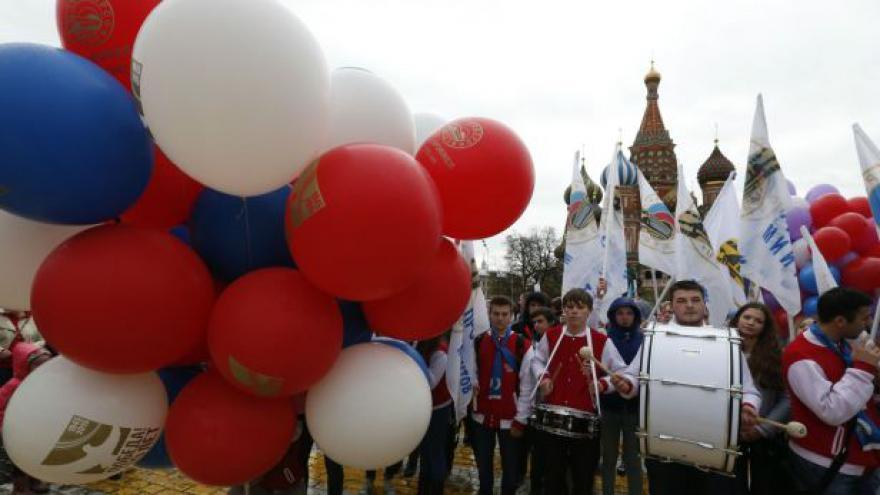 Video Mohutné oslavy 1. máje v Rusku