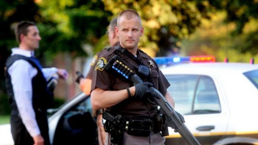 Video Policie pátrá po motivech dvou útočících islamistů