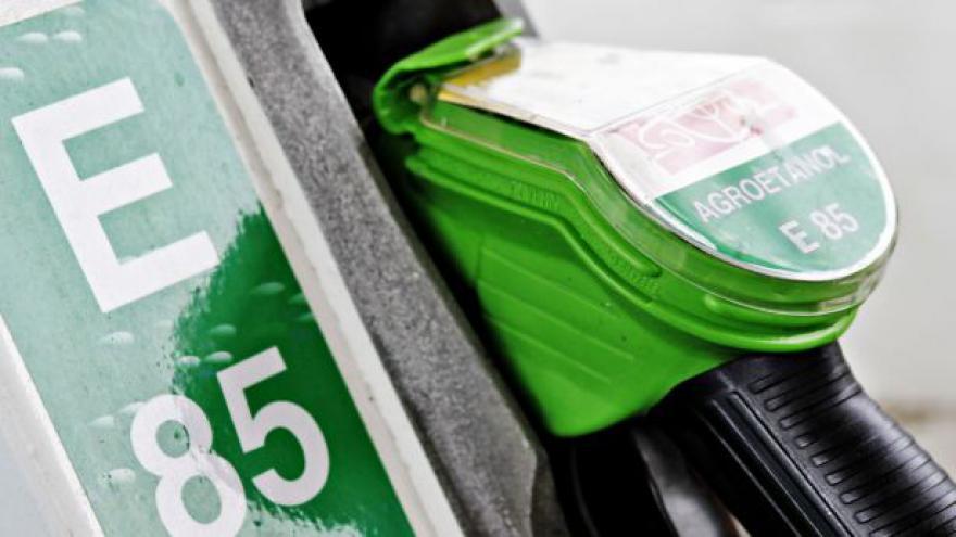 Video Události: Daňové zvýhodnění biopaliv možná skončí