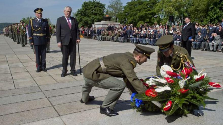Video Česko si připomnělo Den vítězství