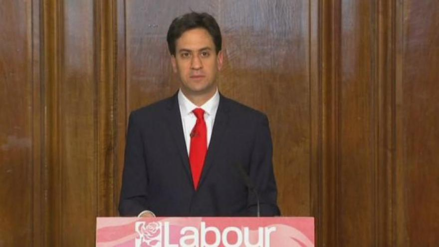 Video Ed Miliband, Nick Clegg a Nigel Farage oznamují rezignace