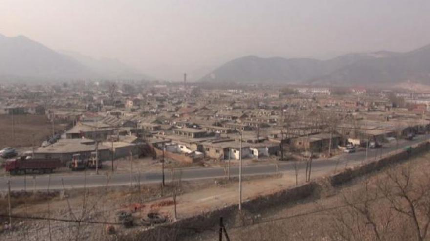 Video Čínská vesnice zápasí s ekologickým zatížením i úřady
