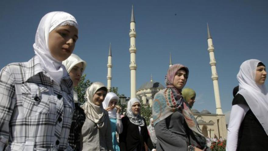 Video Soukup: Ruští muslimové od 90. let hledali novou identitu - včetně starých zvyků