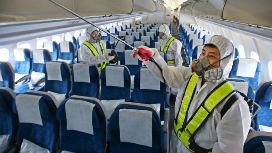 Video Zpravodajka ČT: Tisíce lidí už zrušily lety do Jižní Koreje