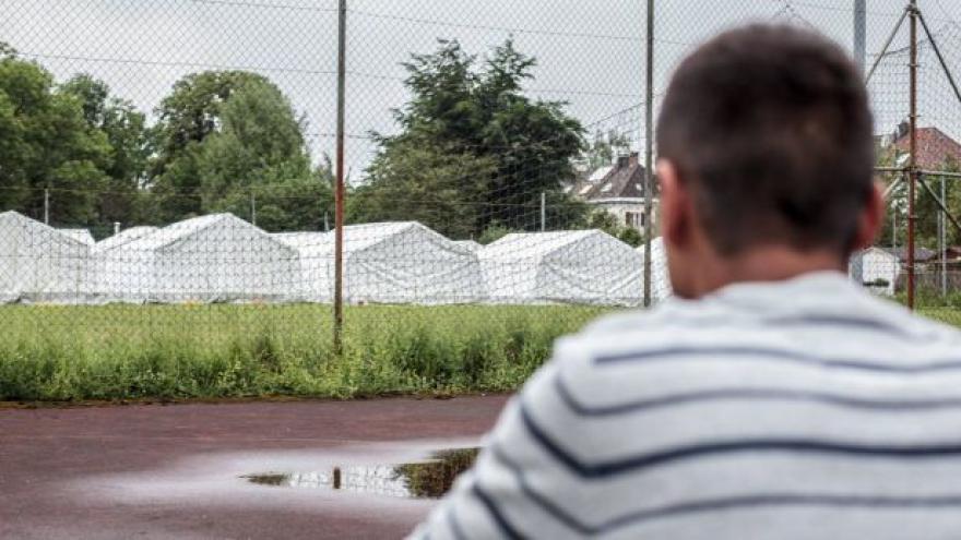 Video Rakousko žádá státy EU o převzetí části uprchlíků