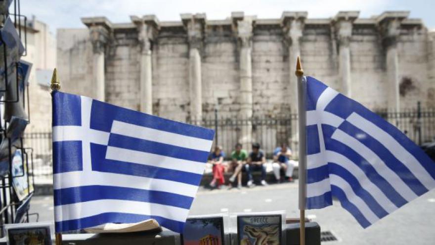 Video Řekové mají hluboko do kapsy už nyní