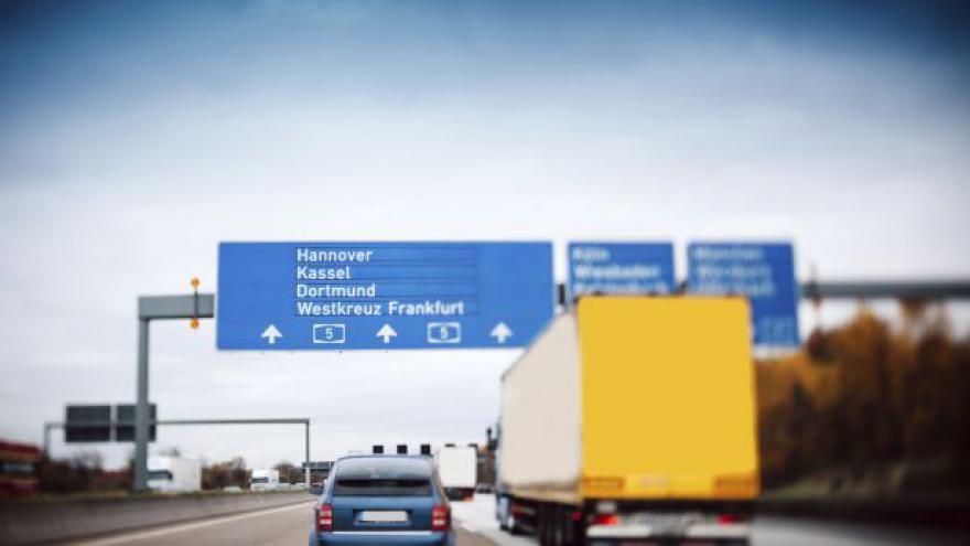 Video Mýto na německých dálnicích se od začátku příštího roku hradit nebude