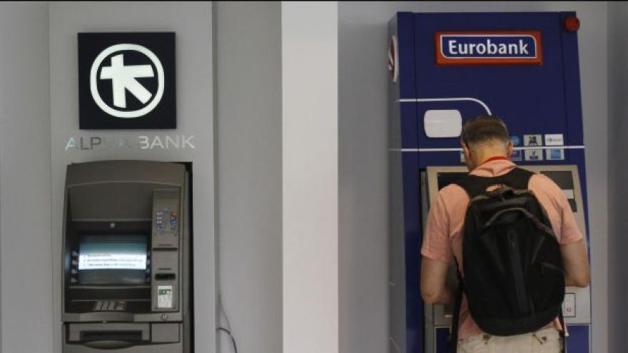 Video Aténám se krátí čas na dohodu s věřiteli