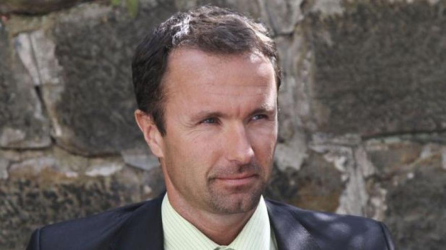Video S ředitelem liberecké nemocnice obviněna i jeho manželka
