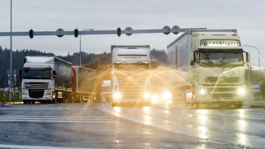 Video Výstavbu rychlostní silnice na polské hranice je třeba urychlit