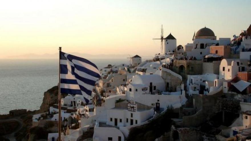 Video Události ČT: V Řecku zlevňují nemovitosti
