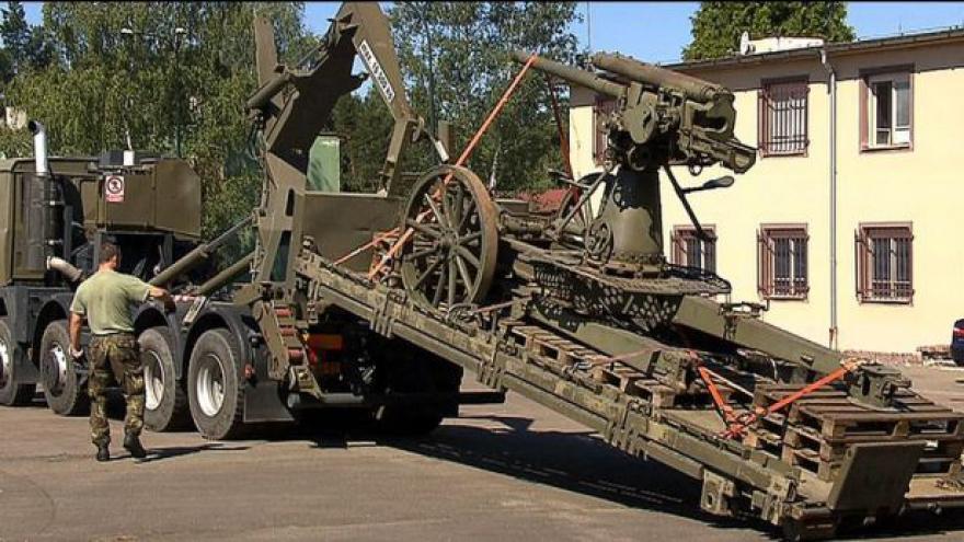 Video Vojenský historický ústav získal 17 výjimečných exponátů ze Švédska