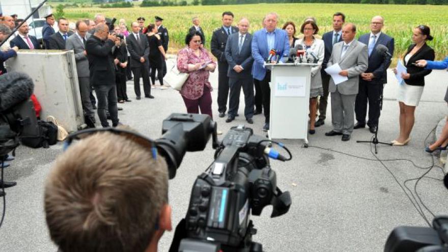 Video Ministr vnitra hovoří o jednání s Rakouskem ohledně nelegální migrace