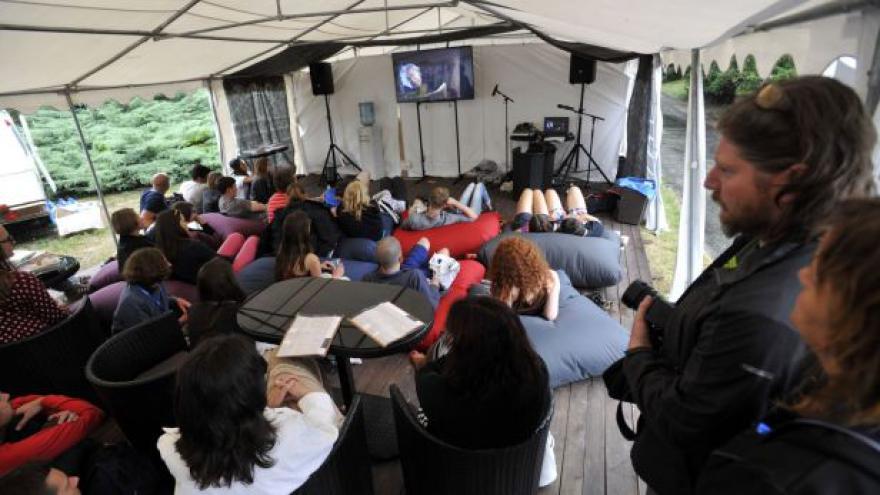 Video Pátý den LFŠ: Dramaturg o půlnoční sekci