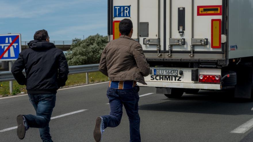 Video Zpravodaj ČT z Calais: V Británii se mluví o poslání armády