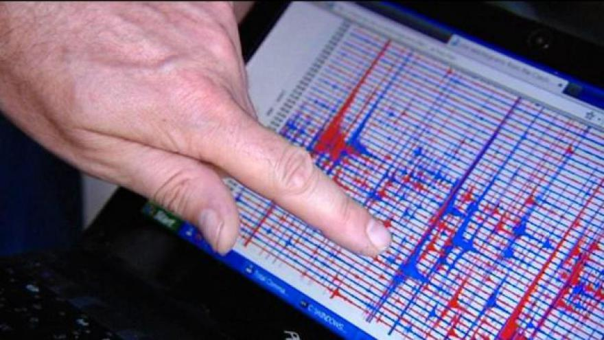 Video Na Chebsku stále opravují škody po loňském zemětřesení
