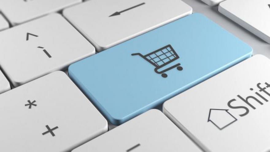 Video UDÁLOSTI: Češi si z e-shopů udělali půjčovnu