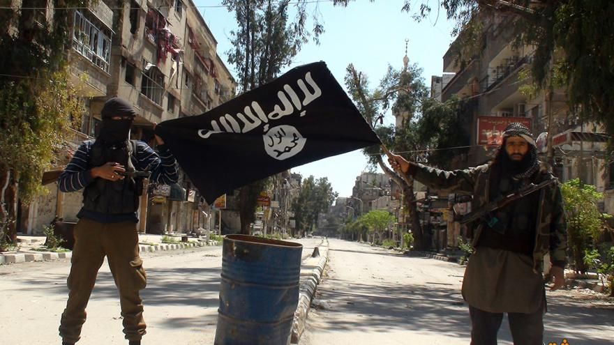 Video Francie udeřila na Islámský stát v Sýrii