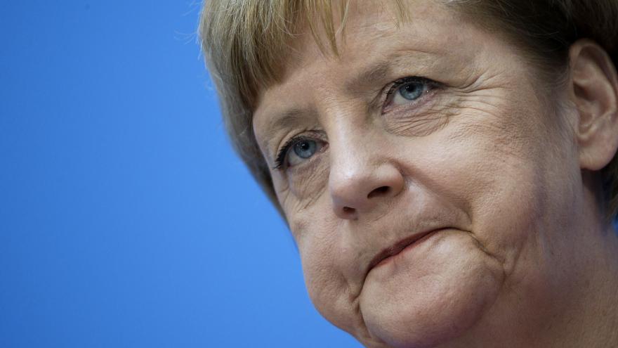 Video Merkelová a Faymann k jednání o uprchlické krizi