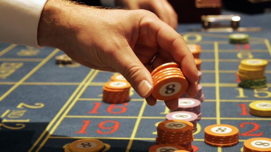 Video Bude stát v Hučíně kasino?