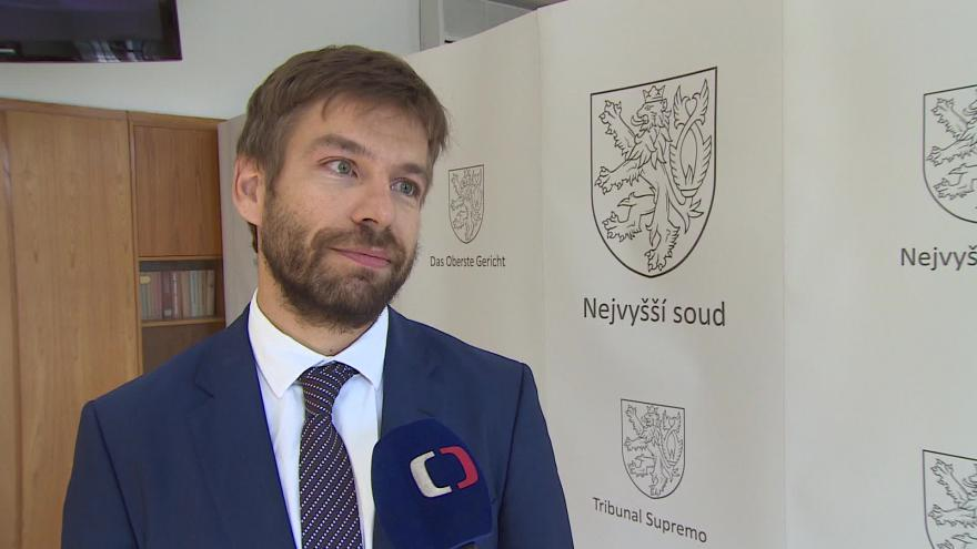 Video Ministr Robert Pelikán (nez. za ANO) o budově Nejvyššího soudu