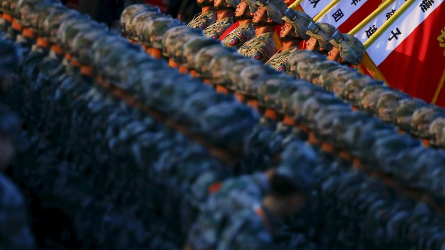 Video Šámalová: Čínská armáda se smrskne na 2 miliony