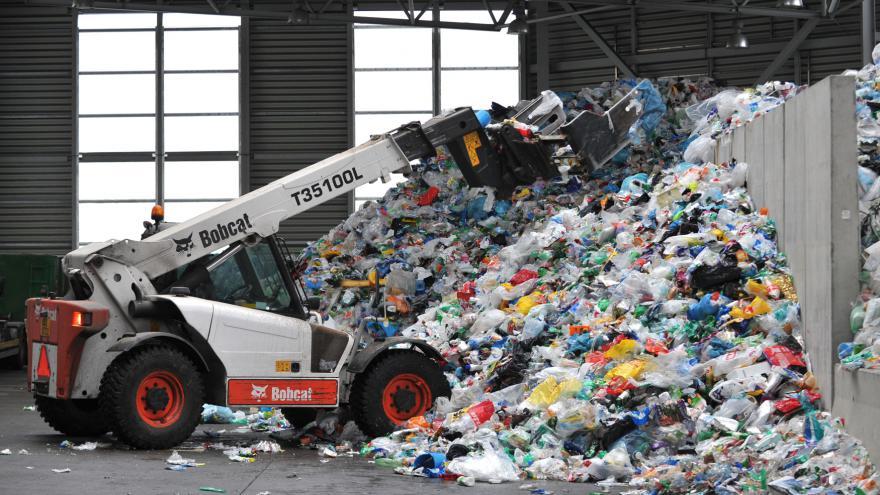 Video Recyklace vs. spalování: Jak v budoucnu naložit s odpadem