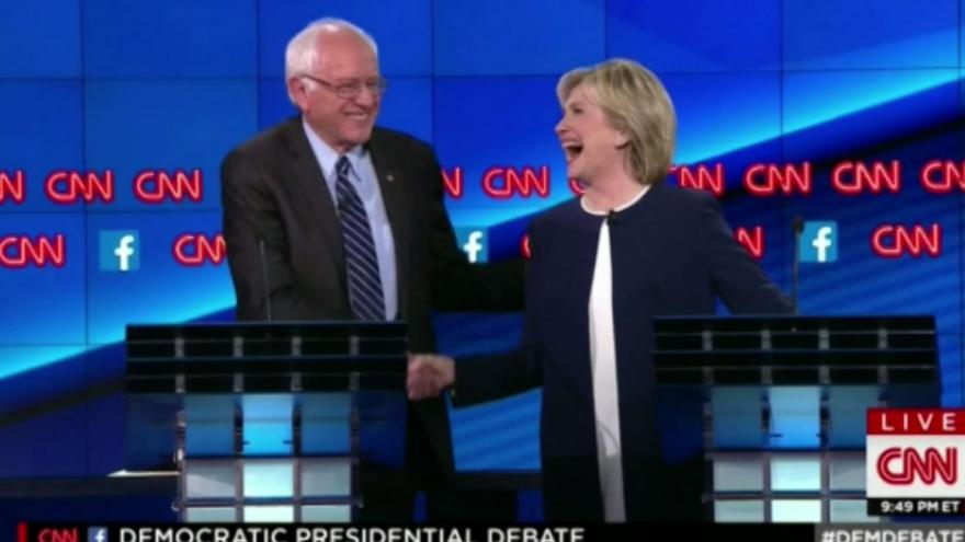 Video Clintonová a Sanders ukončili kauzu e-maily (v anglickém znění)