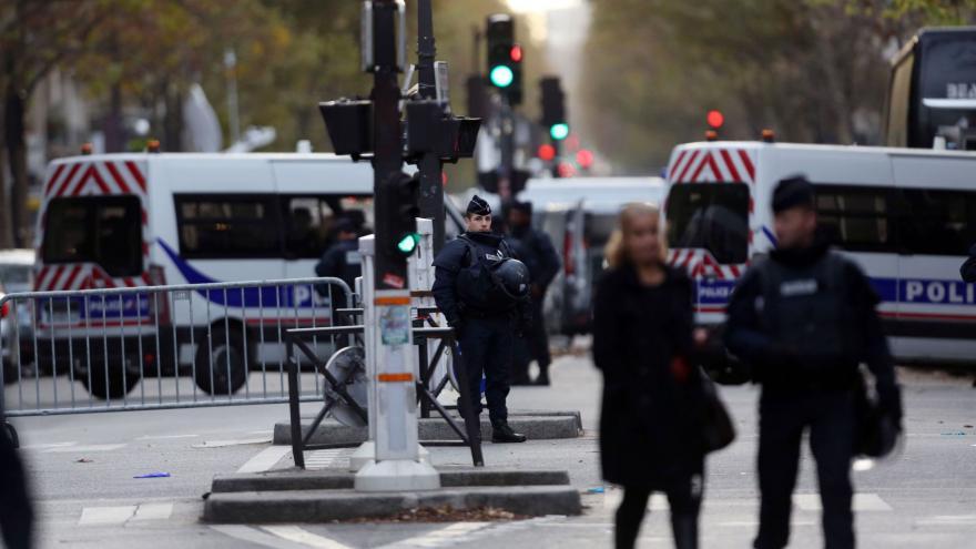 Video Zpravodaj ČT Zavadil k útokům v Paříži