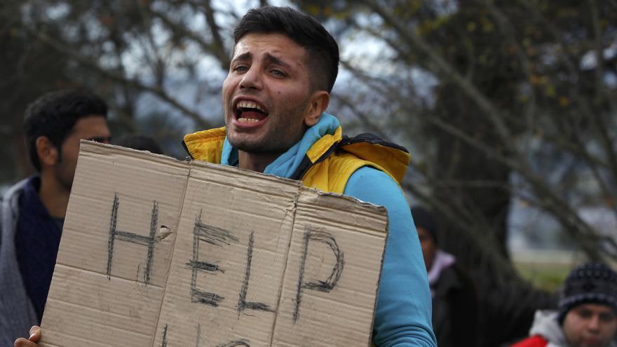 Video Makedonský prezident kvůli migrantům kritizoval Tuska