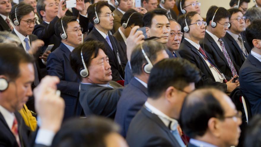 Video Jihokorejská prezidentka a český prezident na podnikatelském fóru