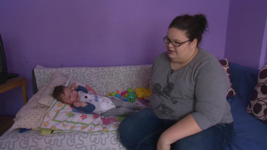 Video Denisa Jandová by chtěla svého syna naučit sedět