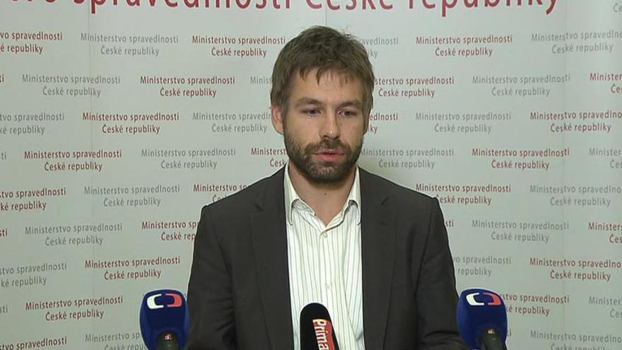Video Pelikán: Pravomoci k řízení Vězeňské služby má nyní pouze Dohnal