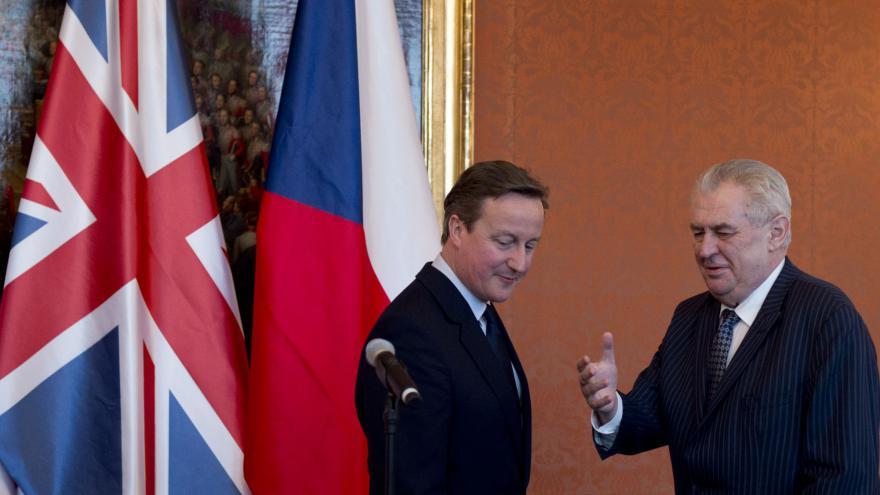 Video Setkání českého prezidenta Zemana a britského premiéra Camerona