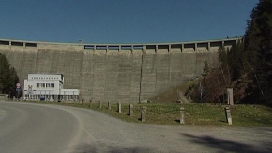 Video Vodohospodáři: Nedávné sucho prokázalo, že jsou přehrady nutné