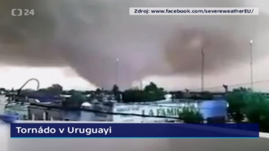 Video BEZ KOMENTÁŘE: Tornádo v Uruguayi